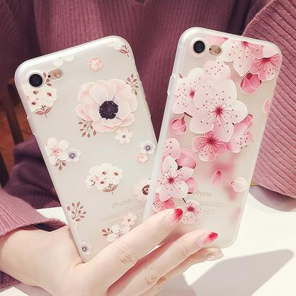 Good Looking Flower Soft Case Cover..